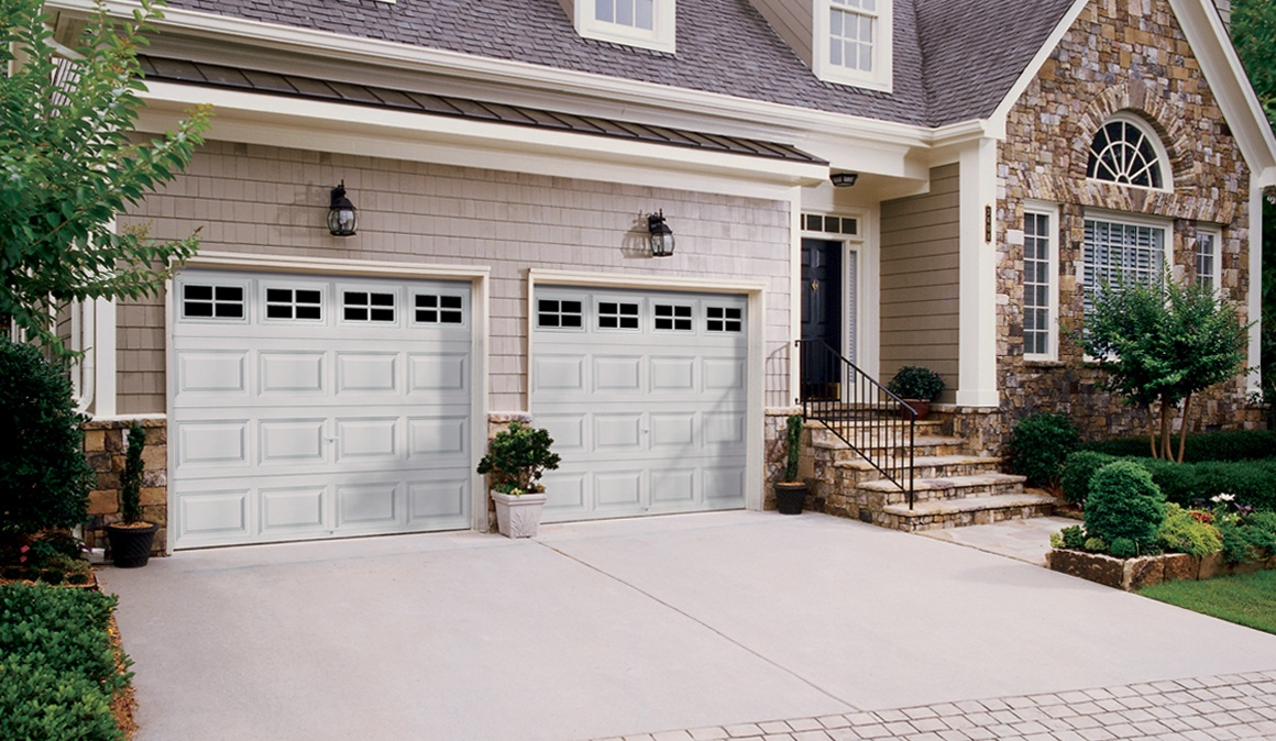 CLASSIC™ collection garage doors